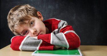 Échec scolaire : causes, conséquences et solutions
