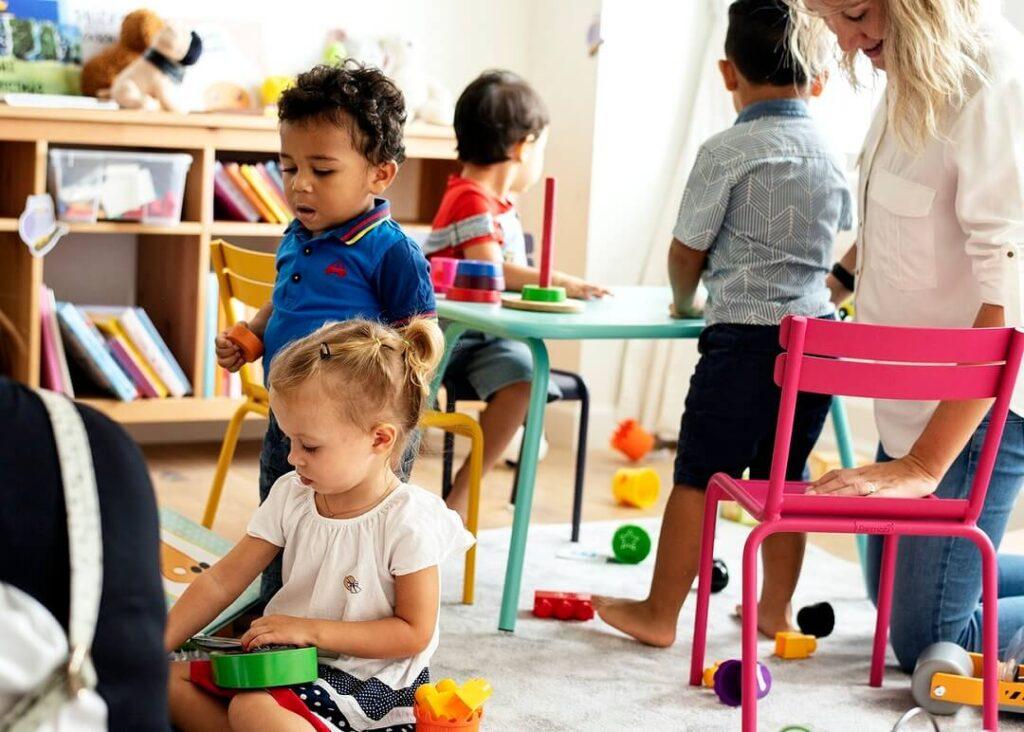 activités montessori en classe